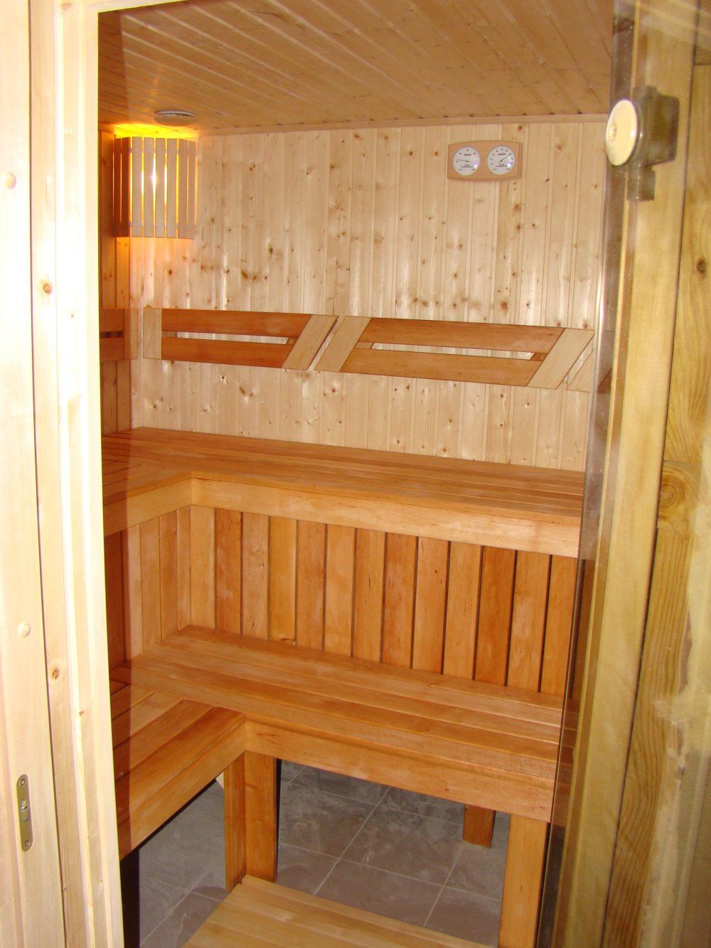 Лежак в баню своими руками фото 24